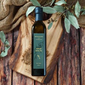 Оливковое масло из зеленых оливок холодного отжима