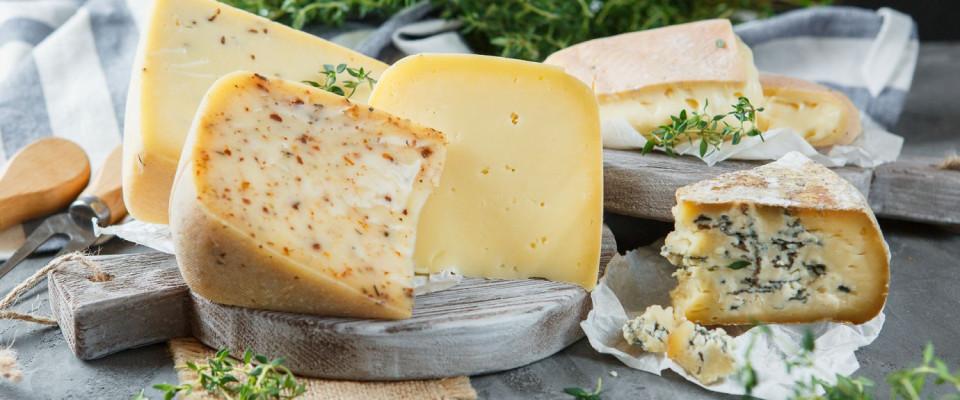 Ремесленный сыр от 280 руб.