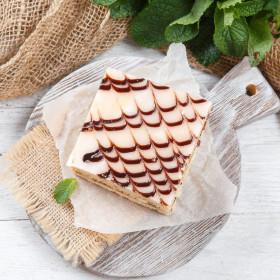 Пирожное песочное с клюквой