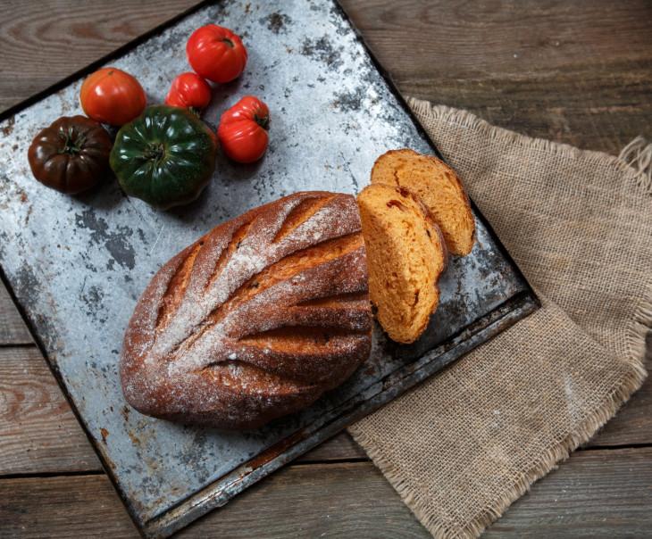 """Хлеб """"Томатный"""""""