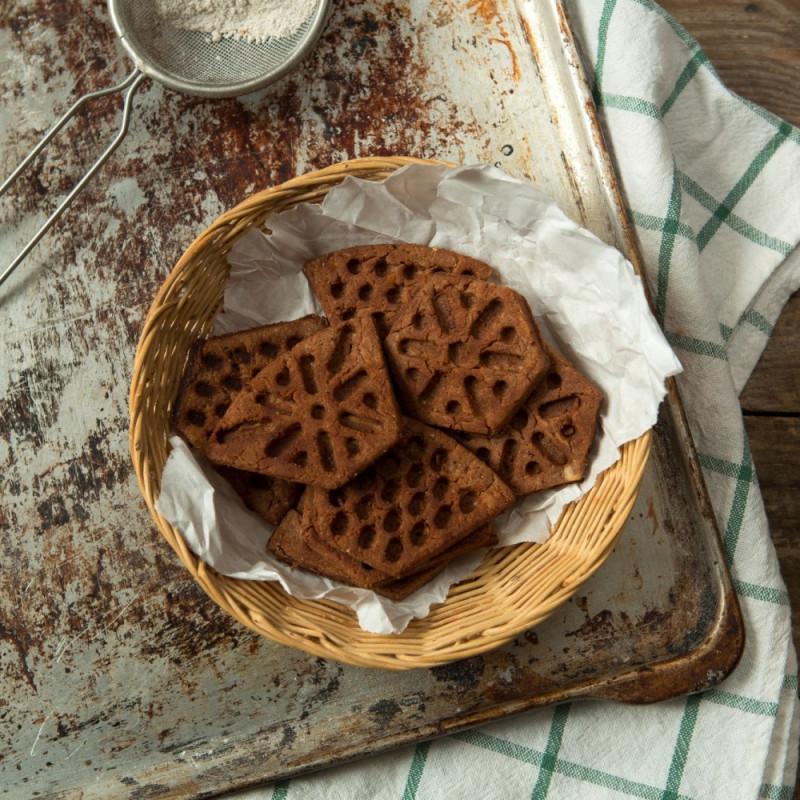 Печенье ШоколадноеРассыпчатое шоколадное печенье, как в детстве, не оставит равнодушным никого. Отличный вариант к чаю или кофе, поднимет Ваше настроение и зарядит энергией.<br><br>Вес г.: 130