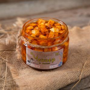 Сыр Чеддер в оливковом масле с паприкой и красным перцем