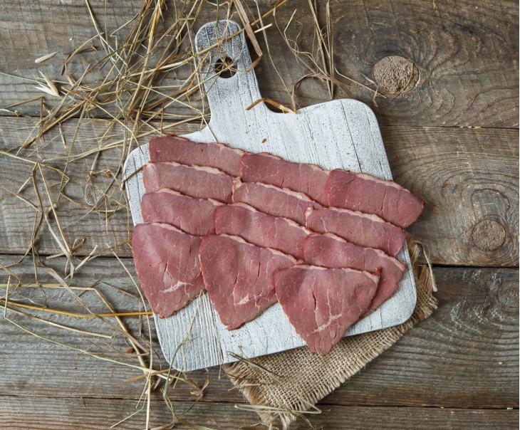 Ветчина варено-копченая из говядины в нарезке