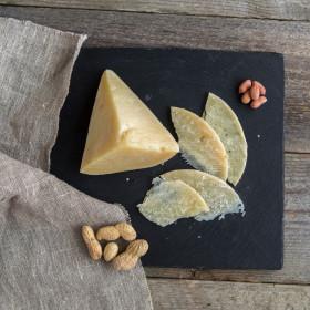 """Сыр твердый """"Маковка"""" из козьего молока"""