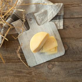 Сыр Большеволжский с пажитником