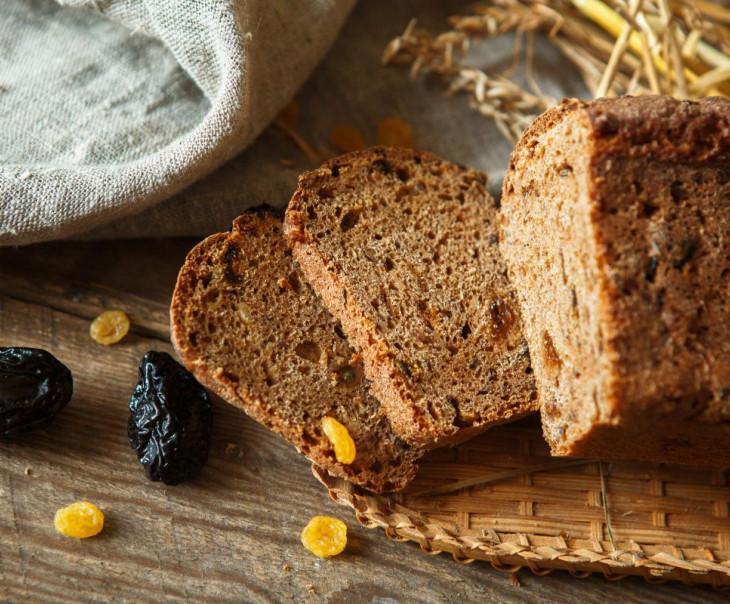 """Хлебушек """"Пшенично-полбяной"""" с сухофруктами и изюмом"""