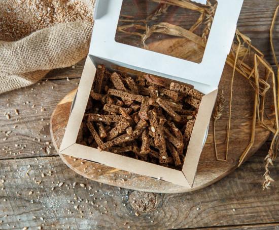Сухарики ржано-пшеничные с зеленой аджикой и чесноком