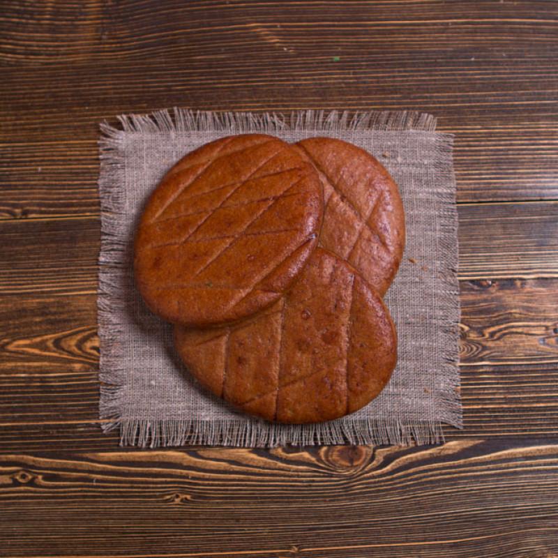 Лепёшки ржаныеЭта выпечка - прекрасное диетическое лакомство, лепешки очень нежные на вкус. Они изготовлены из ржаной муки, которая известна большим содержанием клетчатки, полезной для организма.<br><br>Вес уп ( 3 шт ): 1