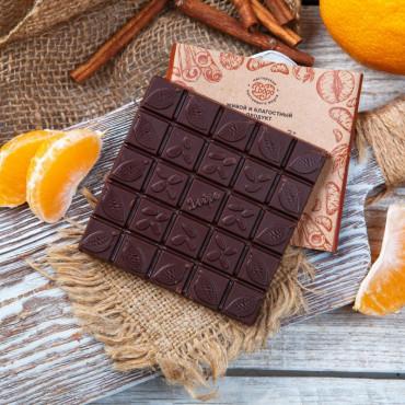 Шоколад ремесленный горький 72% с мандарином и корицей