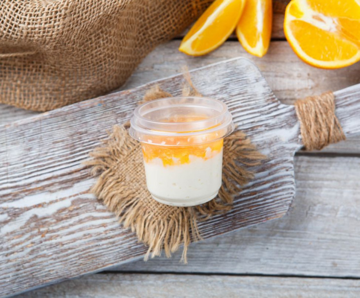 Йогурт апельсиновый 4%. Маленький