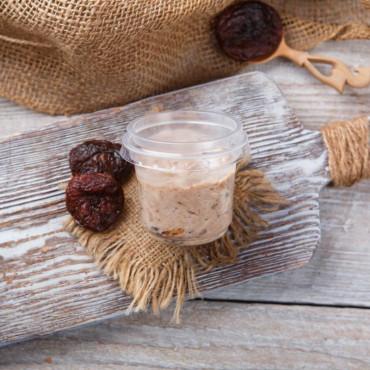 Йогурт с черносливом и орехом 4%. Маленький