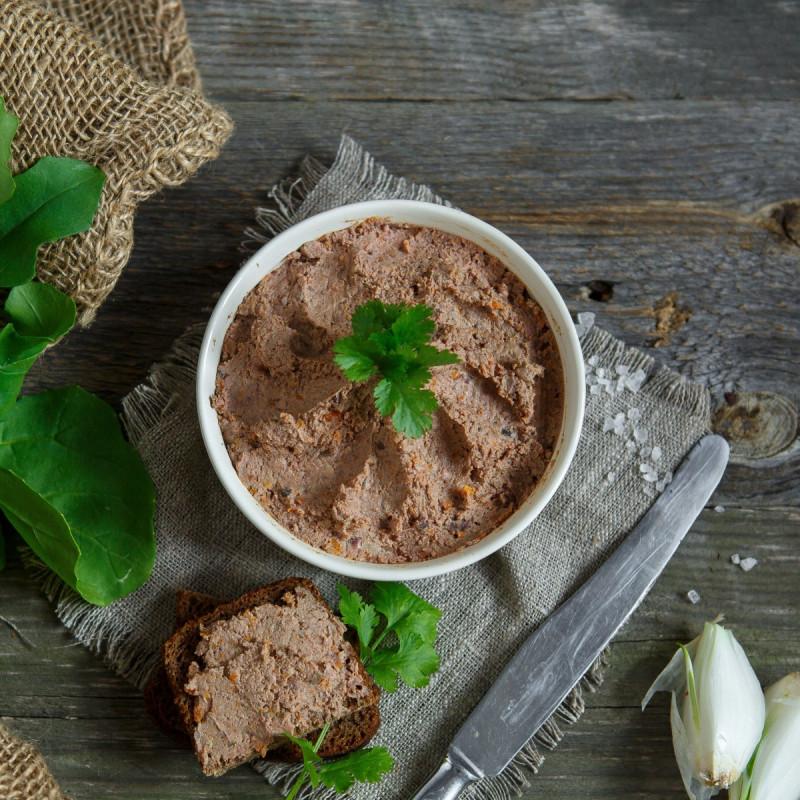 Паштет из куриной печениФермерский паштет из куриной печени имеет воздушную, нежную консистенцию, пикантный вкус и приятный аромат, вызывающий аппетит. Благодаря натуральному составу и качественным ингредиентам сохранилась вся польза печени. Ваш завтрак станет ещё вкуснее и питательнее!<br><br>Вес г.: 250