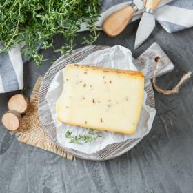 """Сыр """"Велий"""" копченый с тмином"""
