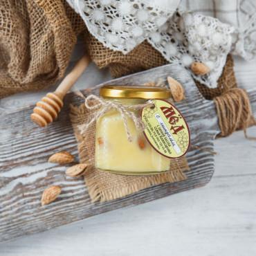 Крем-мед с миндалем