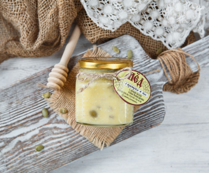 Крем-мед с кунжутом и семечками