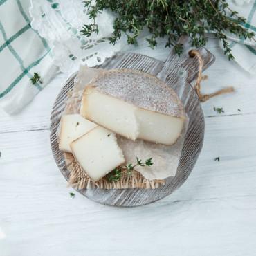 Козий сыр полутвердый Ярославский