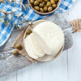 Сыр рассольный С оливками свежий