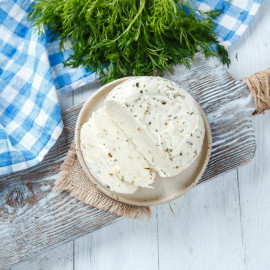 Сыр рассольный С прованскими травами свежий