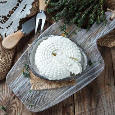 Творожный сыр Пикантный из козьего молока