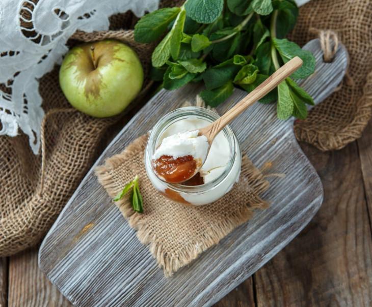 """Творожный сыр """"Облепиха с яблоком"""" из козьего молока"""