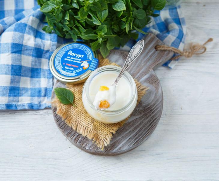 Йогурт из козьего молока с персиком 2,8-5,5%