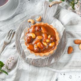 Корзинка карамельно-ореховая