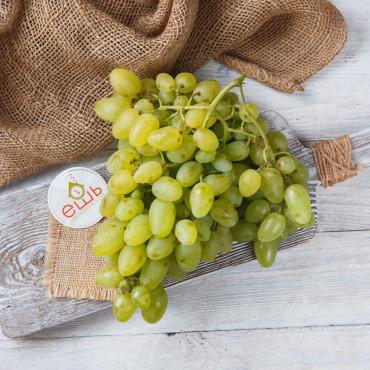 Виноград зелёный Супер Экстра