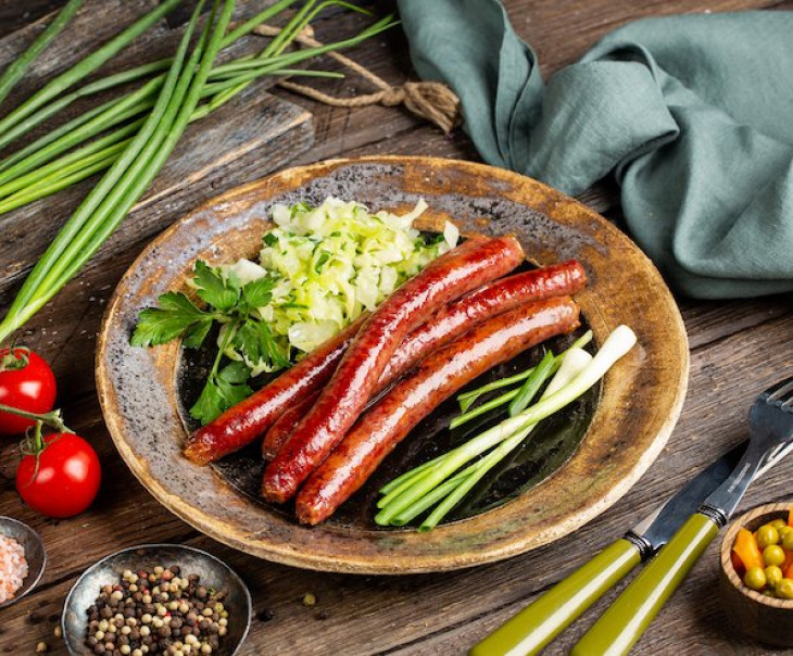 Колбаски для жарки из мяса лося