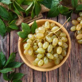 Виноград Дамские пальчики зеленый