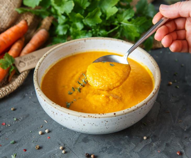 Крем-суп морковный с кокосовой водой
