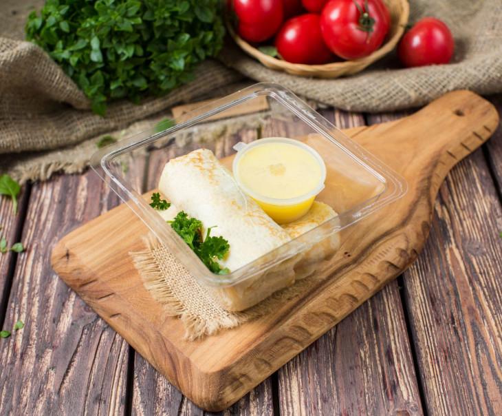 Блины с слабосоленой семгой и сливочным сыром