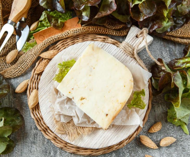 Сыр «Монтерей джек» с грибами