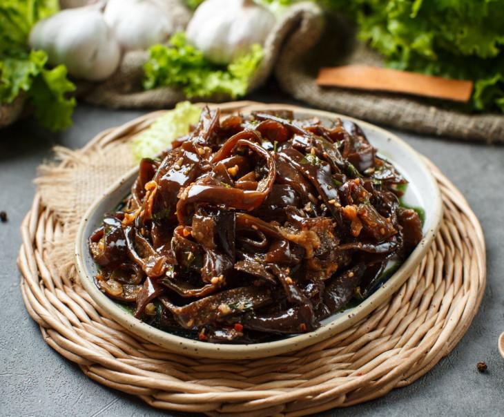 Древесный гриб по-корейски