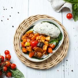 Котлета на пару куриная со шпинатом и овощное рагу