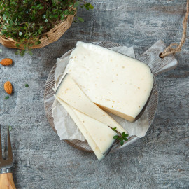 Сыр Амстеллер с трюфелем