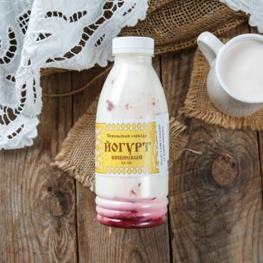 Йогурт вишневый 3,5-4%
