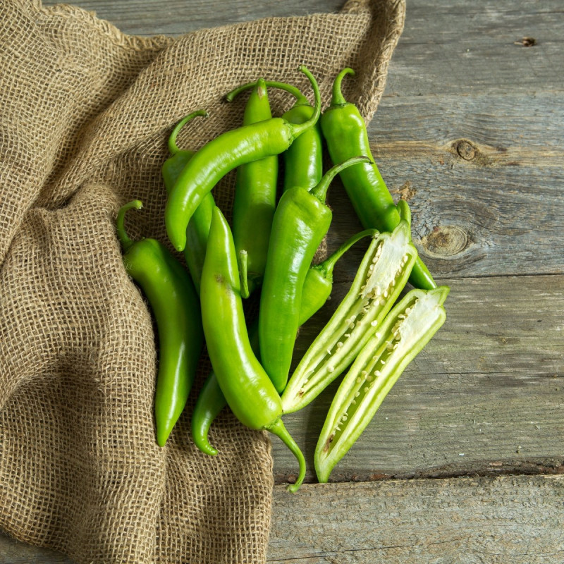 Перец острыйОстрый зеленый перец, выращен в Краснодарском крае без применения промышленных удобрений и химических средств защиты растений от болезней и вредителей.<br><br>Вес г.: 500