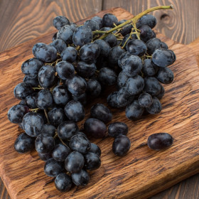 Виноград Аттика без косточек