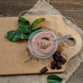 Мусс шоколадный с вишней
