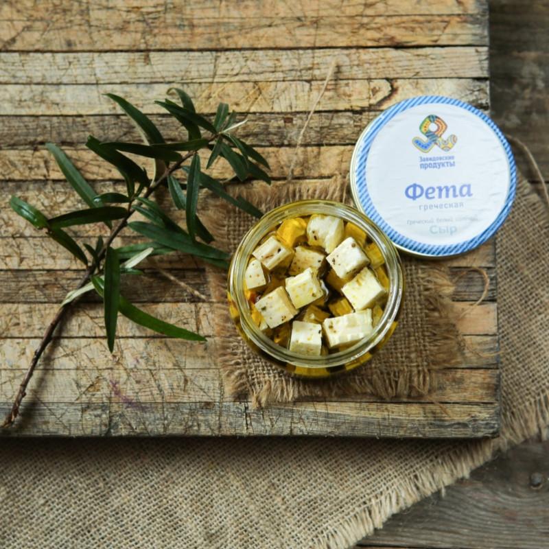 Сыр фета в оливковом маслеФета - сильносоленый традиционный греческий сыр. Время выдержки сыра составляет не менее 3 месяцев.<br><br>Вес г.: 180