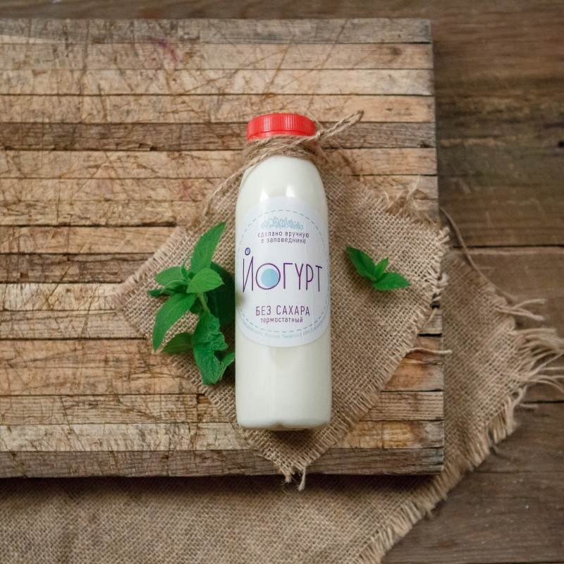 Йогурт обезжиренныйОбезжиренный йогурт без сахара.<br><br>Вес г.: 300
