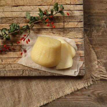 Сыр Проволоне молодой, пониженной жирности